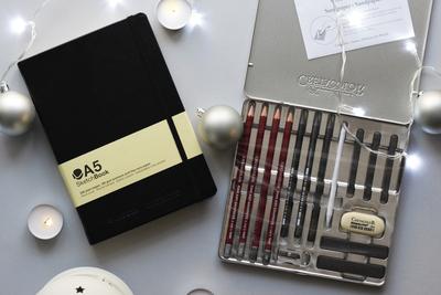 Скетчбук для зарисовок Montana colors А5 + Графитовый набор для рисунков из 15 предметов Cretacolor