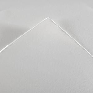 Бумага для акварели Heritage 300г/м.кв 56*76см Сатин (мелкое зерно)